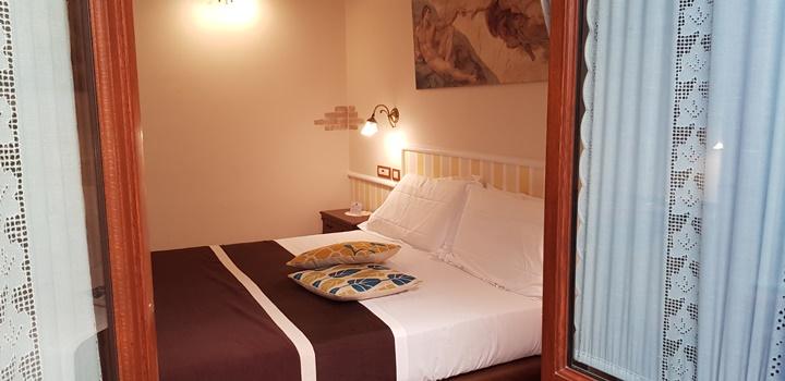 Hotel il convento la camera matrimoniale - Camera matrimoniale romantica ...
